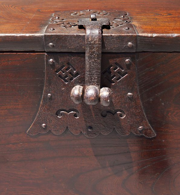 korean-coin-chest-2