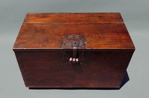 korean-coin-chest-4