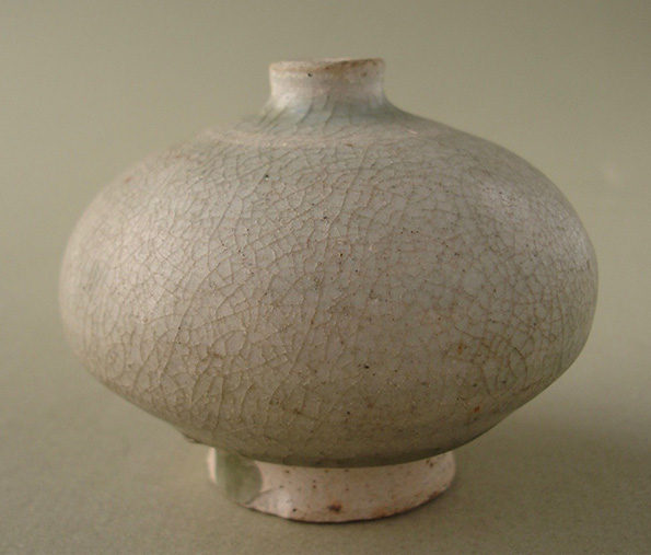Thai Celadon Oil Jar – Sawankhalok